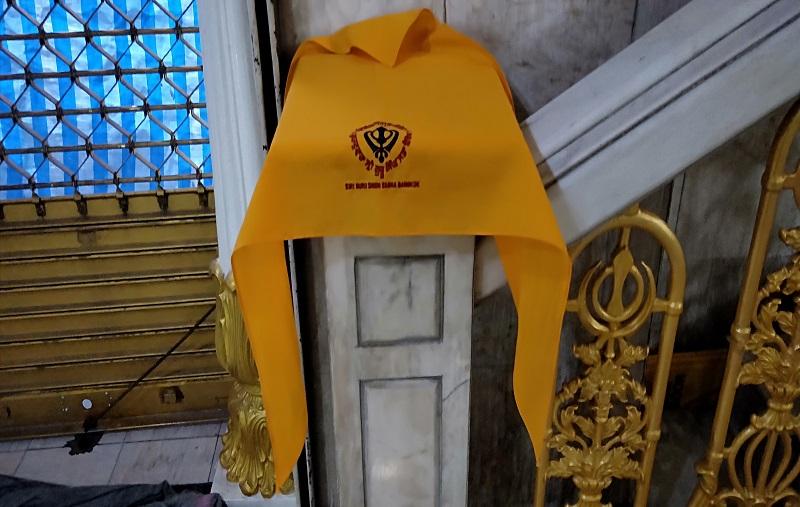 シーク教寺院のバンダナ