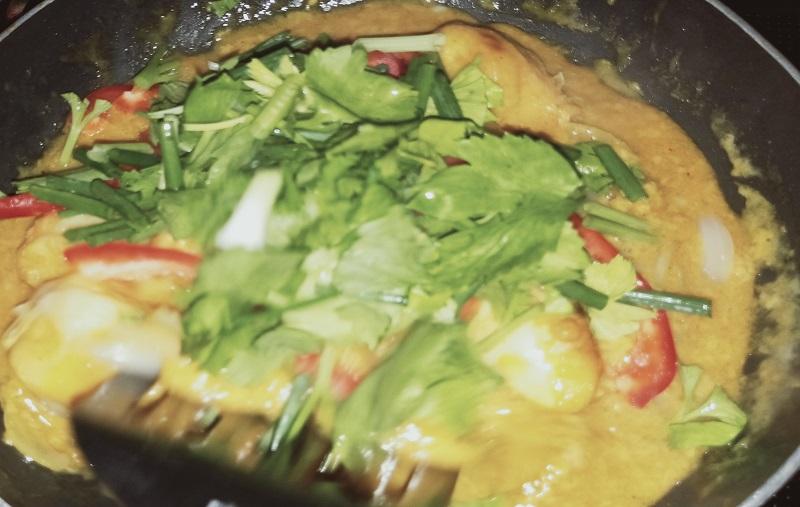 豆腐パッポンカリーの調理